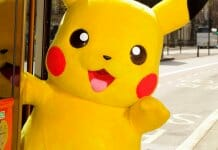 "Pikachu Joins London's ""Year Of The Bus"" - 2014-04-11 13:17:18"