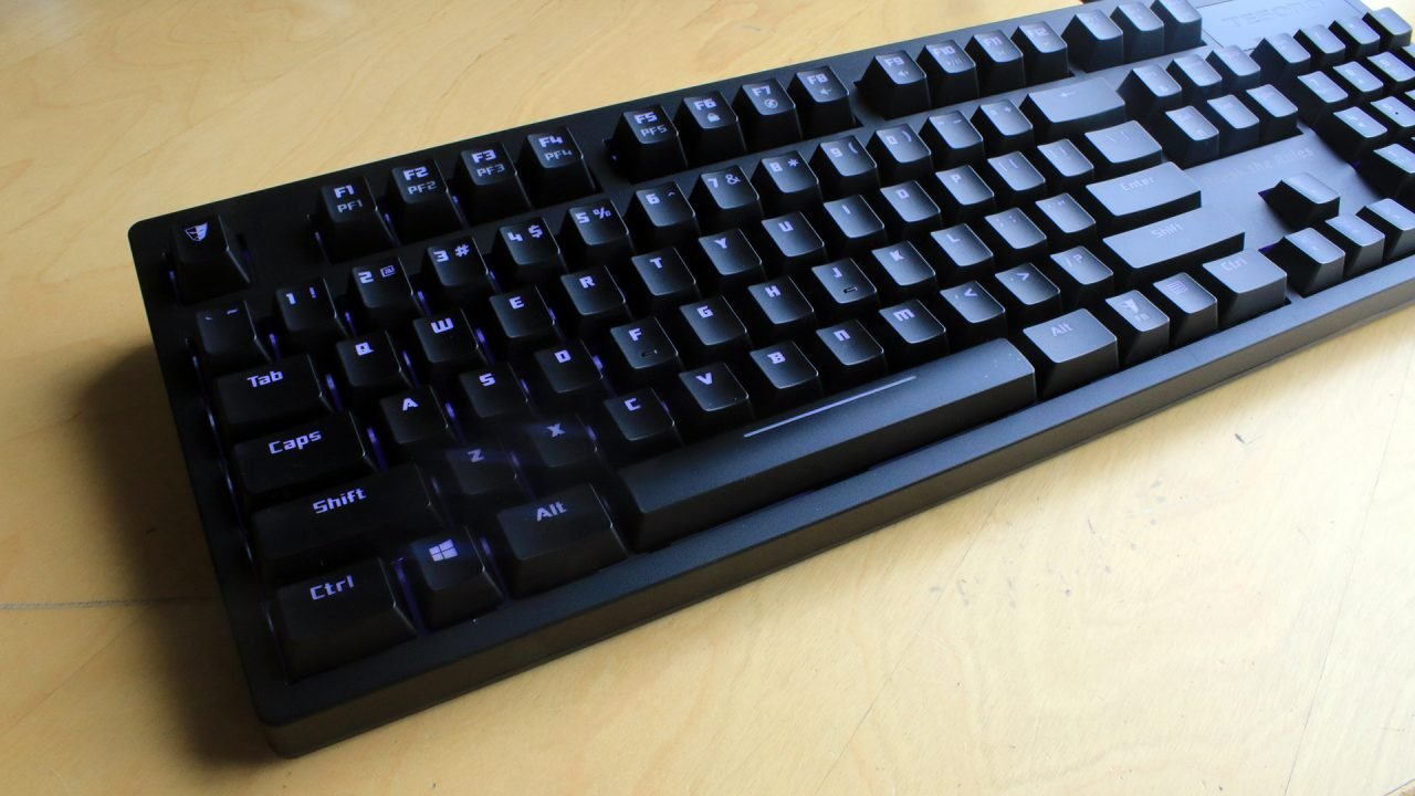 Tesoro Excalibur Spectrum (Keyboard) Review 13