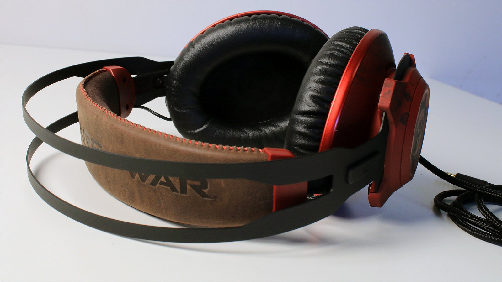 HyperX CloudX Revolver Gears of War (Headset) Review 7
