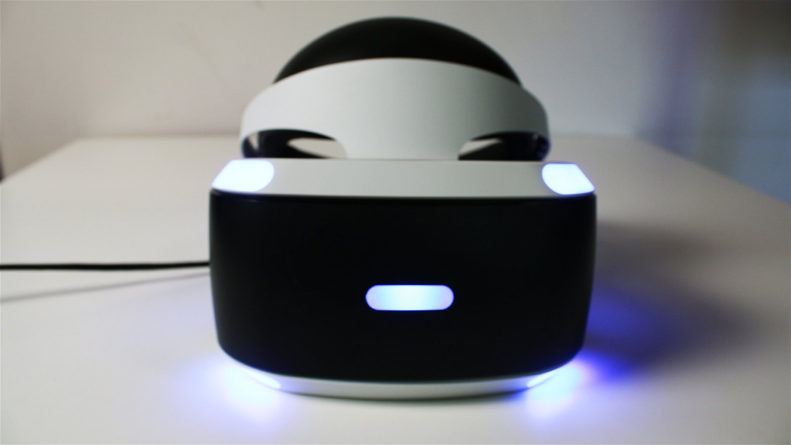 PlayStation VR Launch Bundle Unboxing 7