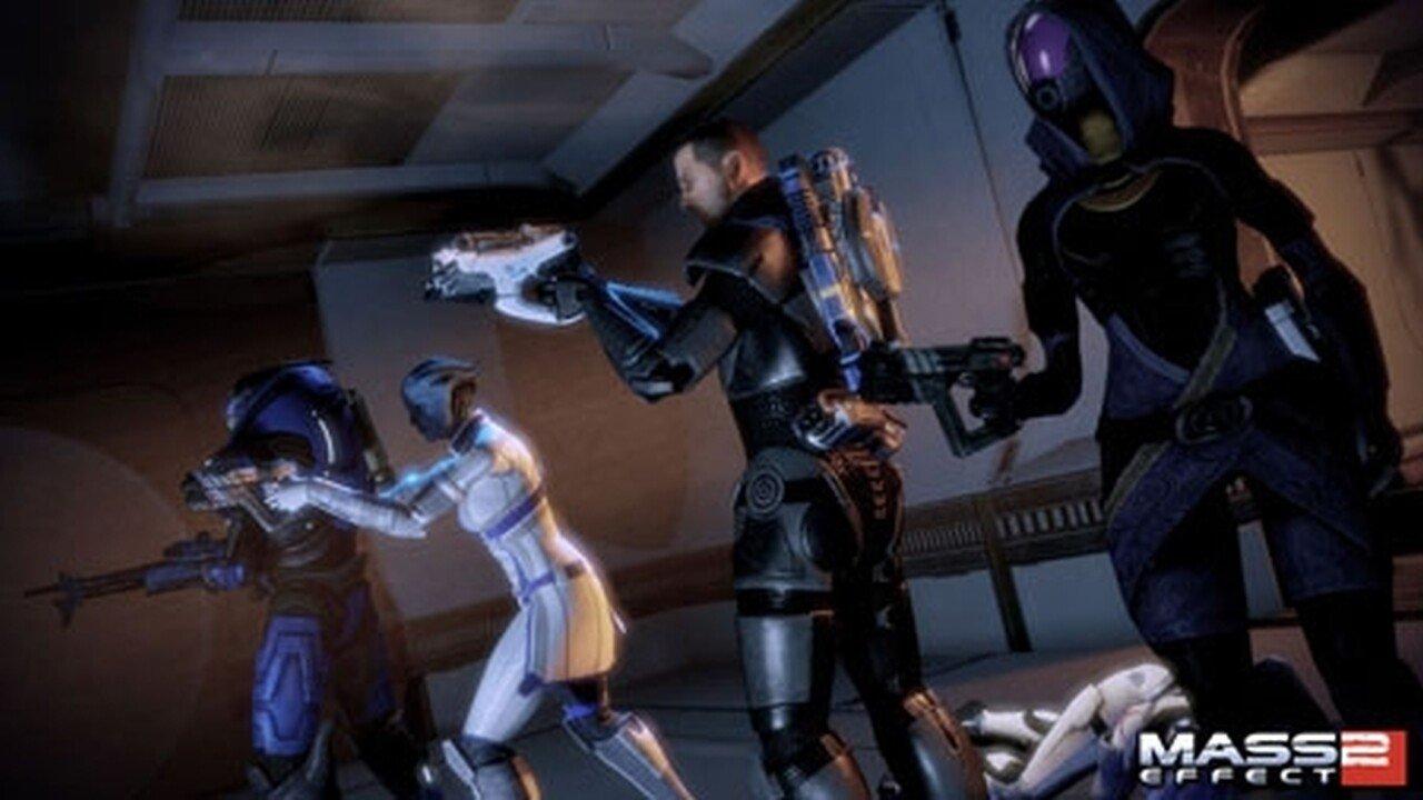 Bioware giving away Mass Effect 2 as a free bonus with Dragon Age 2 - 2011-04-06 07:24:03