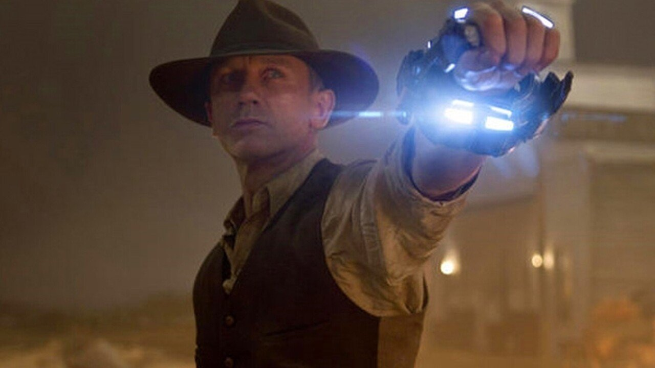 Aliens invade the Wild West in the new Cowboys and Aliens trailer