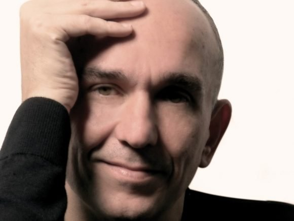 Molyneux Keeps 'Em Coming - 2012-11-23 16:05:23