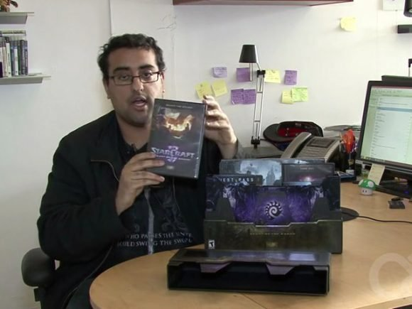 StarCraft Heart of the Swarm Collectors Edition Unboxing
