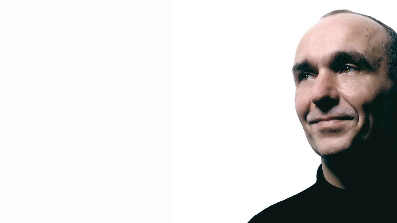 Molyneux: The next Xbox should be a games first console
