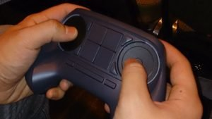 Steam Controller goes with buttons, touchscreen gets the boot