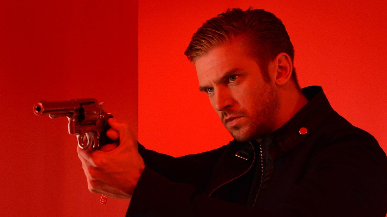 The Guest Movie (2014) Review 4