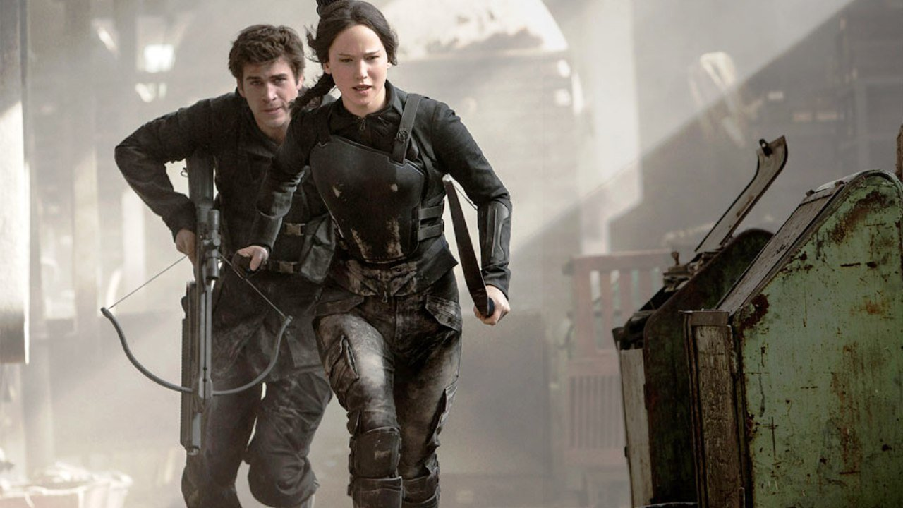 The Hunger Games: Mockingjay Part 1 (2014) Review 7