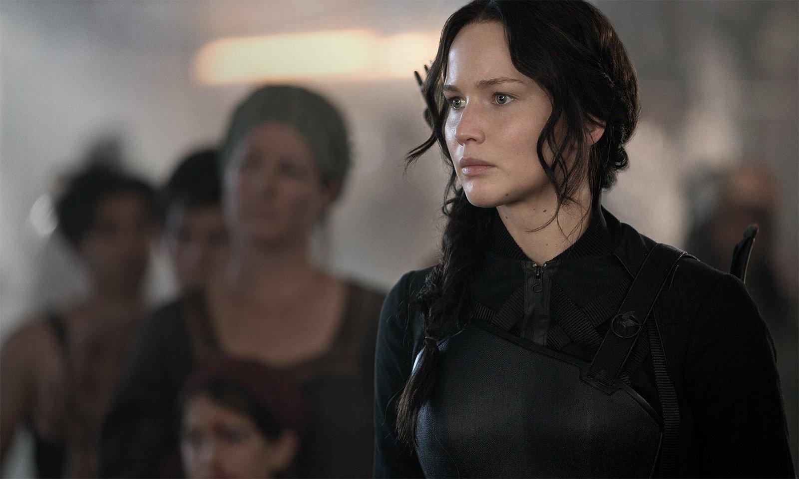 Jennifer-Lawrence-The-Hunger-Games-Mockingjay-Part-1