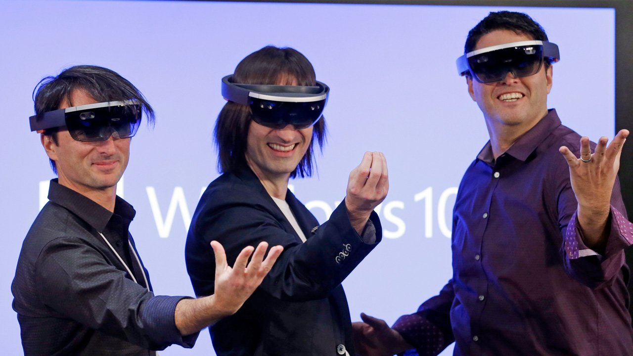 Microsoft Needs A New Name For The Hololens 2