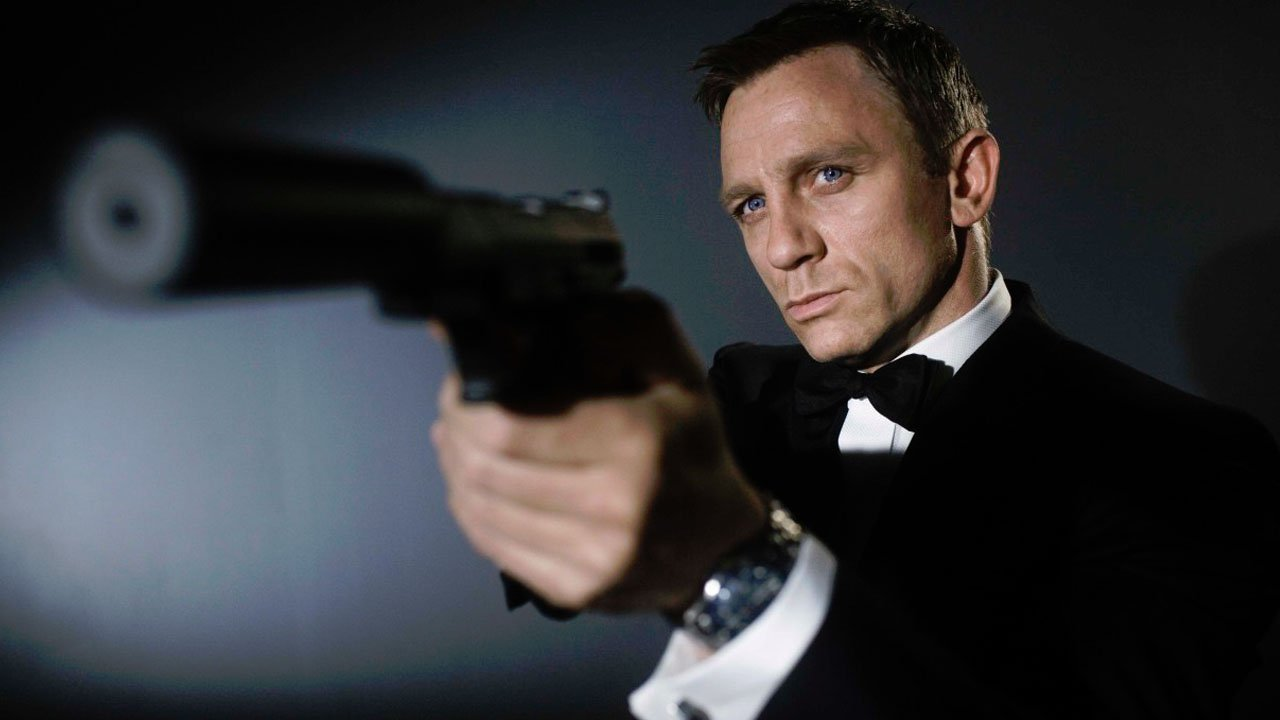 Daniel Craig's Bond Was A Semi-Success - 2015-11-10 13:14:33
