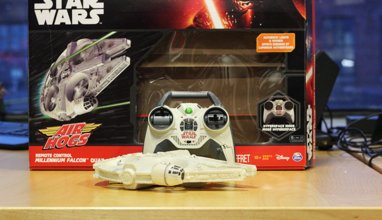 Deck the Halls With Star Wars Toys
