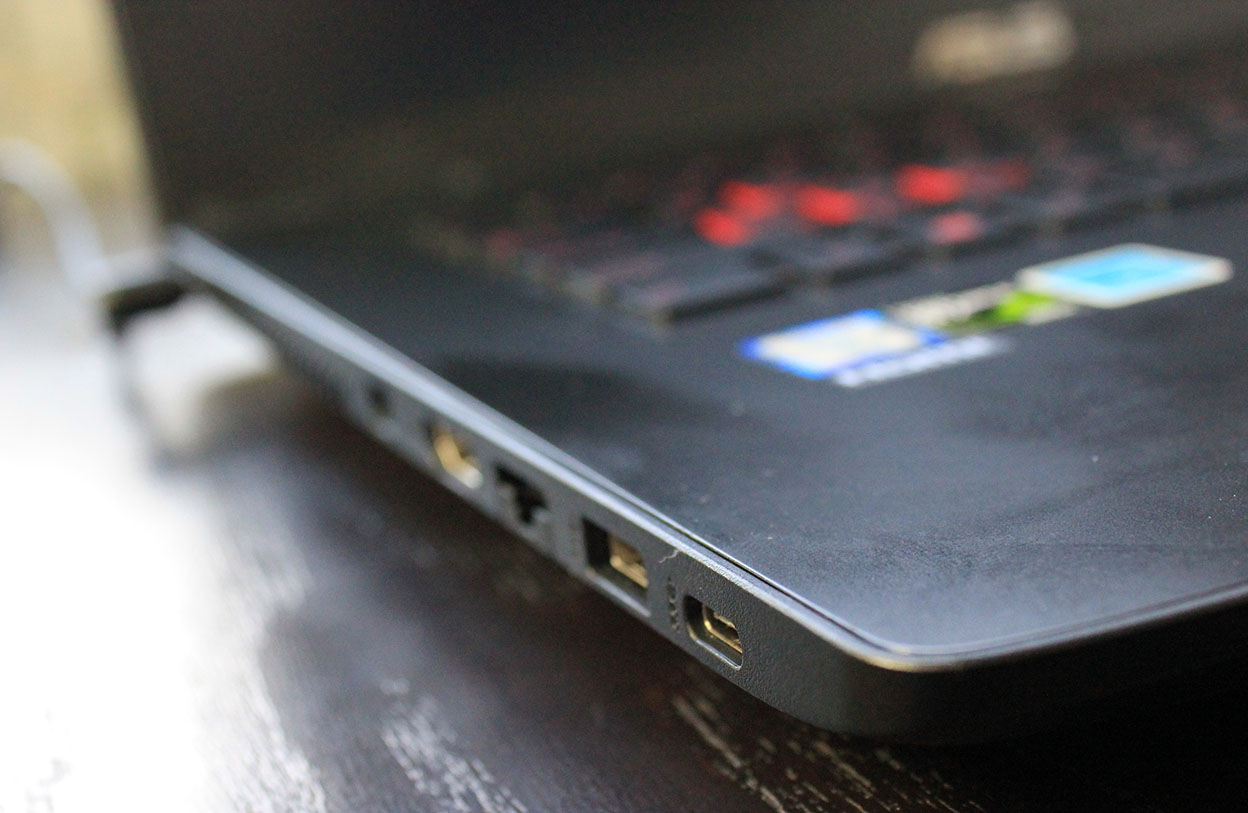 Asus Gl752Vw Laptop (Hardware) Review 4