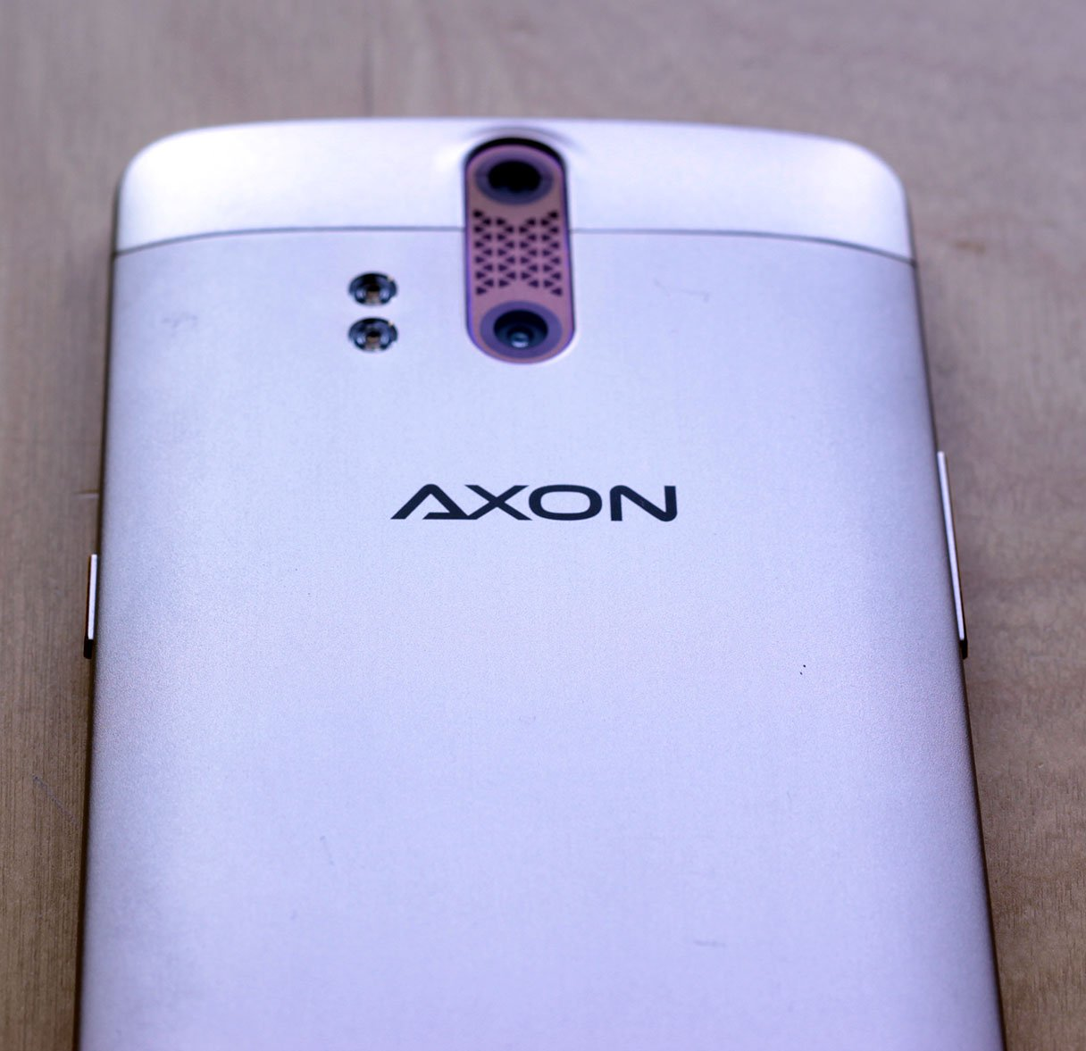 Axon Pro Phone (Hardware) Review 5