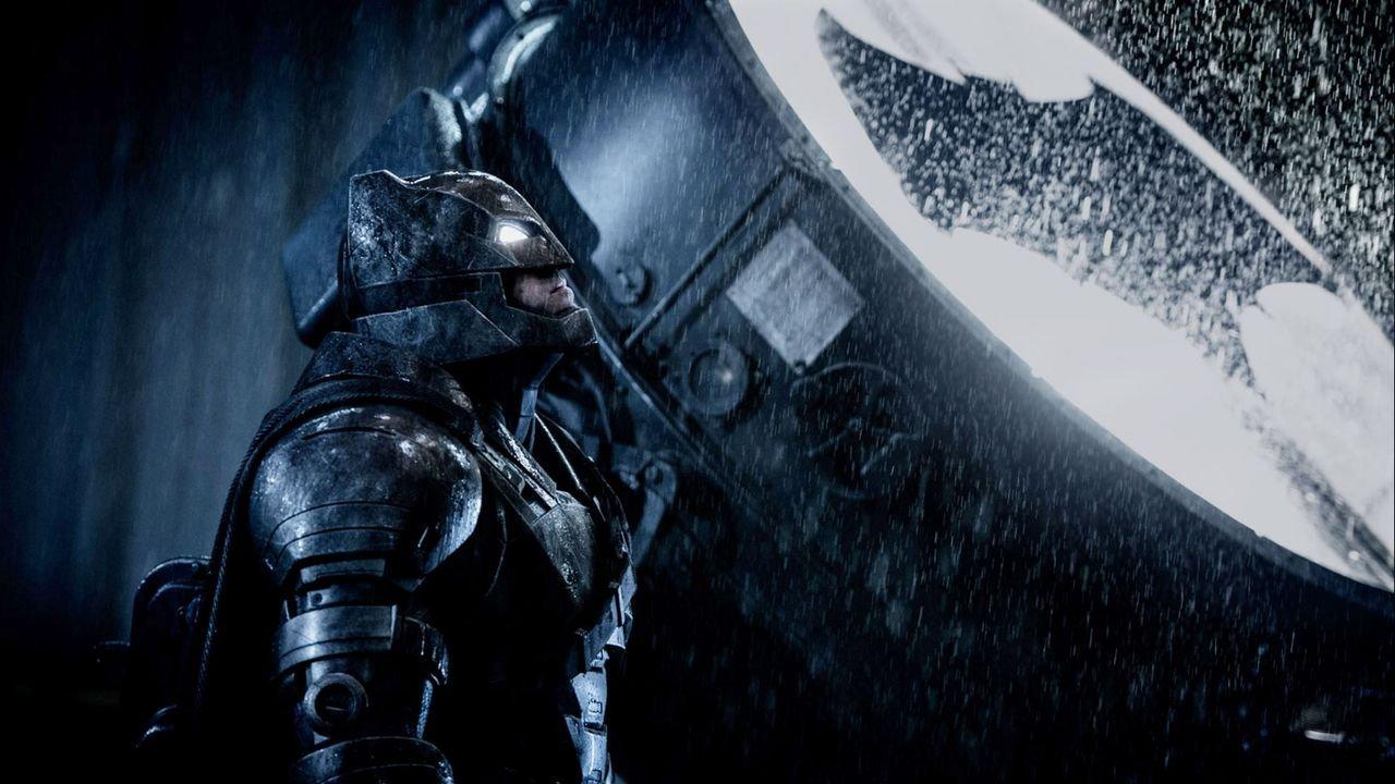 Batman V. Superman: Dawn Of Justice (Movie) Review 1