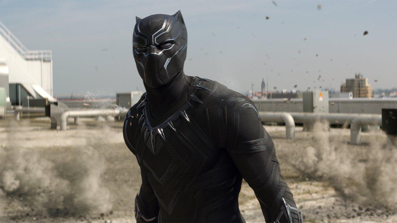 Captain America: Civil War (Movie) Review 3