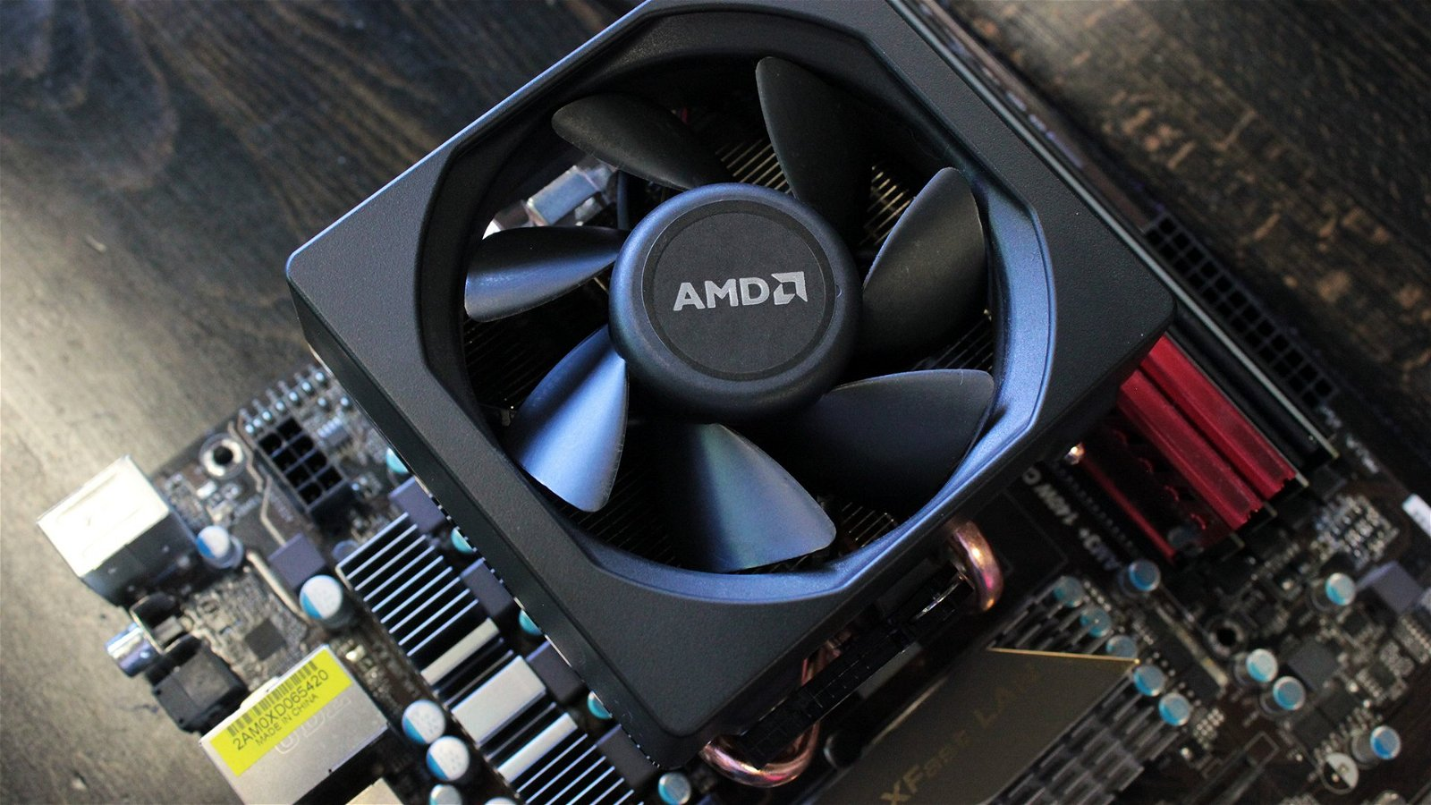 AMD's Wraith CPU cooler reviewed - The Tech Report - Page 1