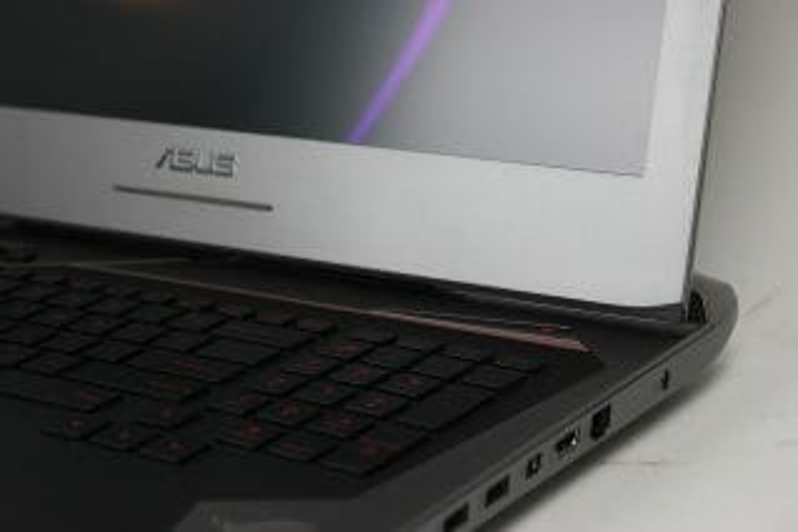 Asus Rog G752Vt-Dh72 (Laptop) Review 2