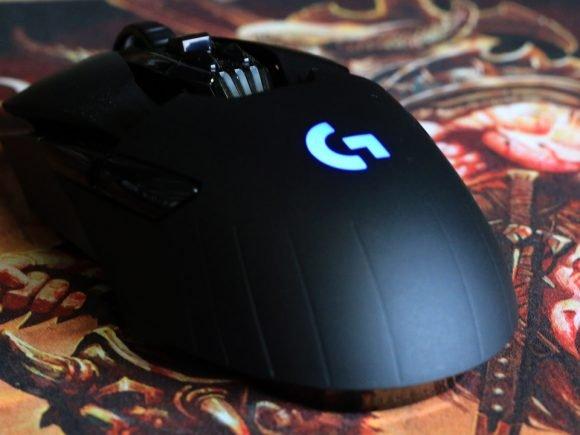 Logitech G900 Chaos Spectrum (Hardware) Review 1
