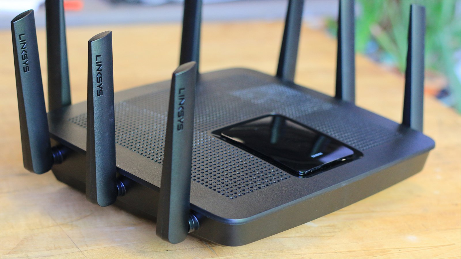 Linksys EA9500 MU-MIMO Router (Hardware) Review 6