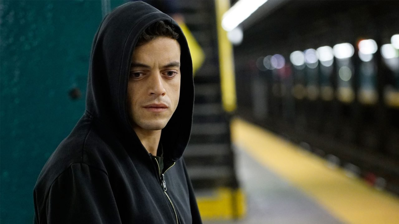 Mr. Robot: 1.51exfiltratiOn Now Available On IOS & Android 4