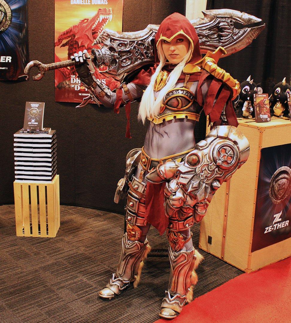 Fan Expo 2016 Cosplay Gallery 35