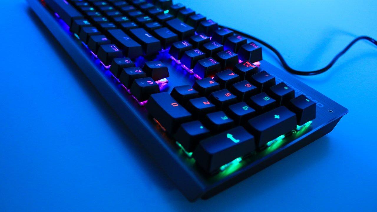 Motospeed CK108 Mechanical Keyboard (Hardware) Review 4