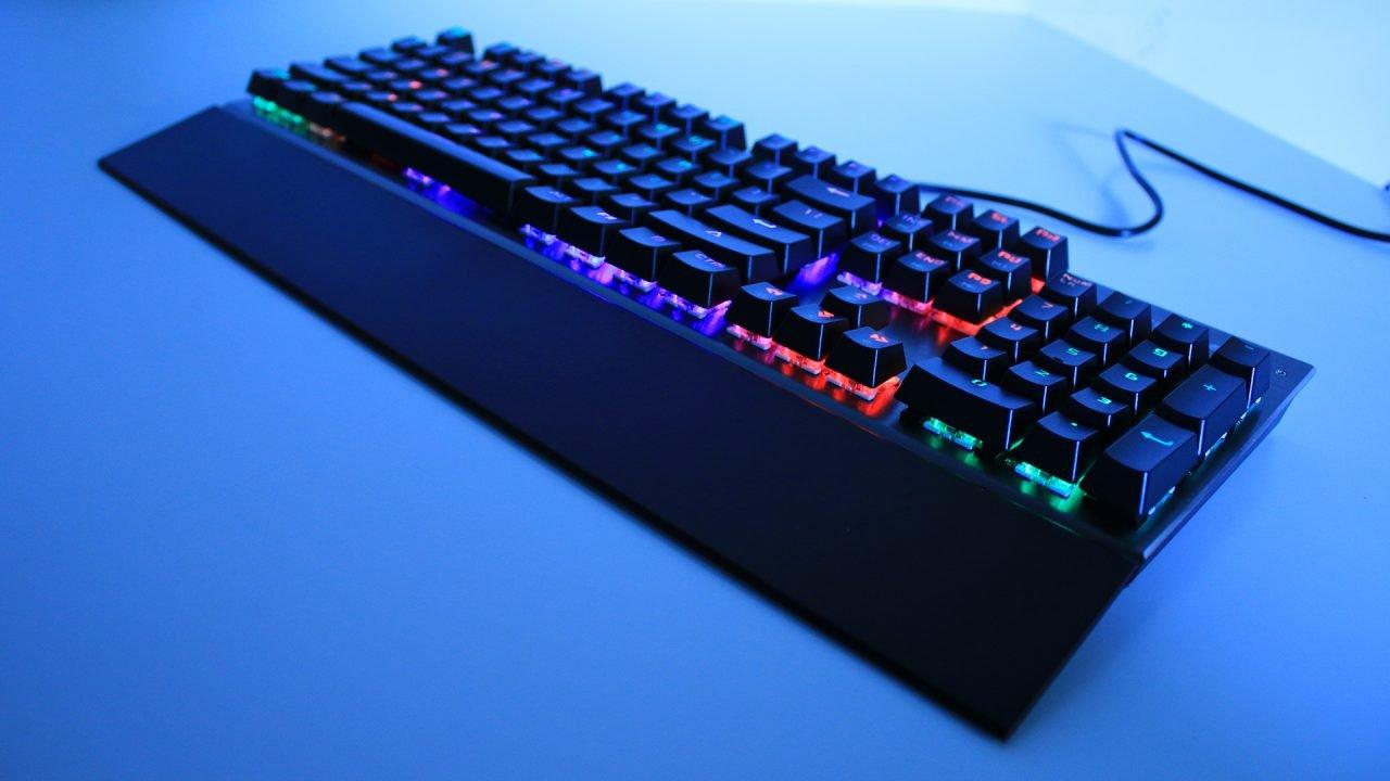 Motospeed CK108 Mechanical Keyboard (Hardware) Review 5