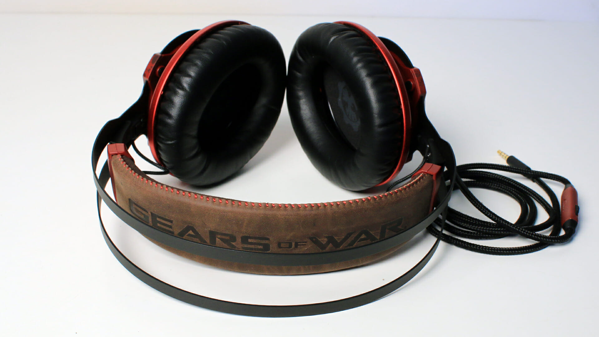 HyperX CloudX Revolver Gears of War (Headset) Review 6