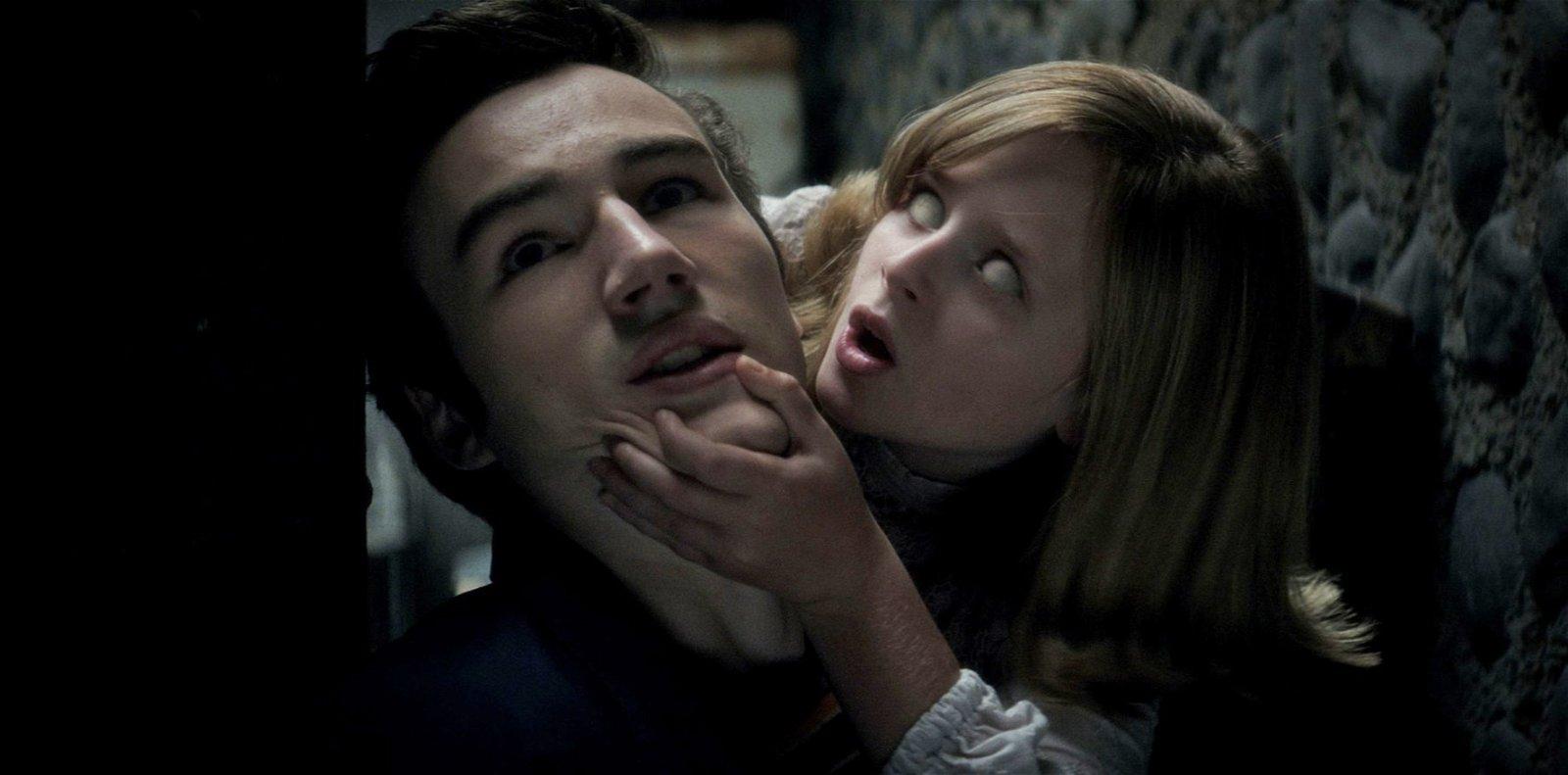 Ouija: Origin Of Evil (Movie) Review 6