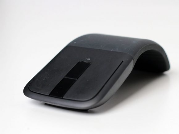 Microsoft Arc Touch Mouse Surface Edition (Hardware) Review 1