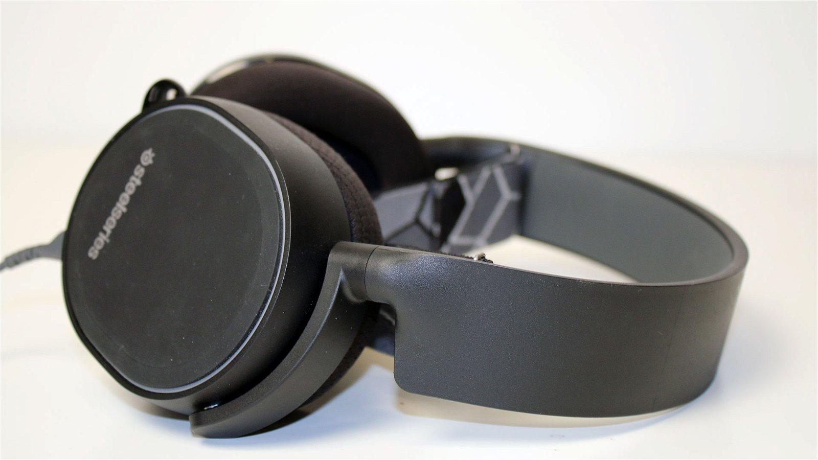 Steelseries Arctis 3 (Headset) Review 1