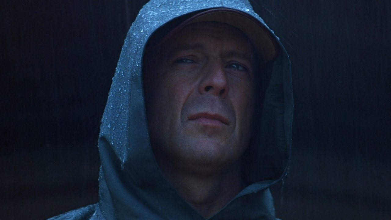Unbreakable Is One Of The Great Superhero Films 1