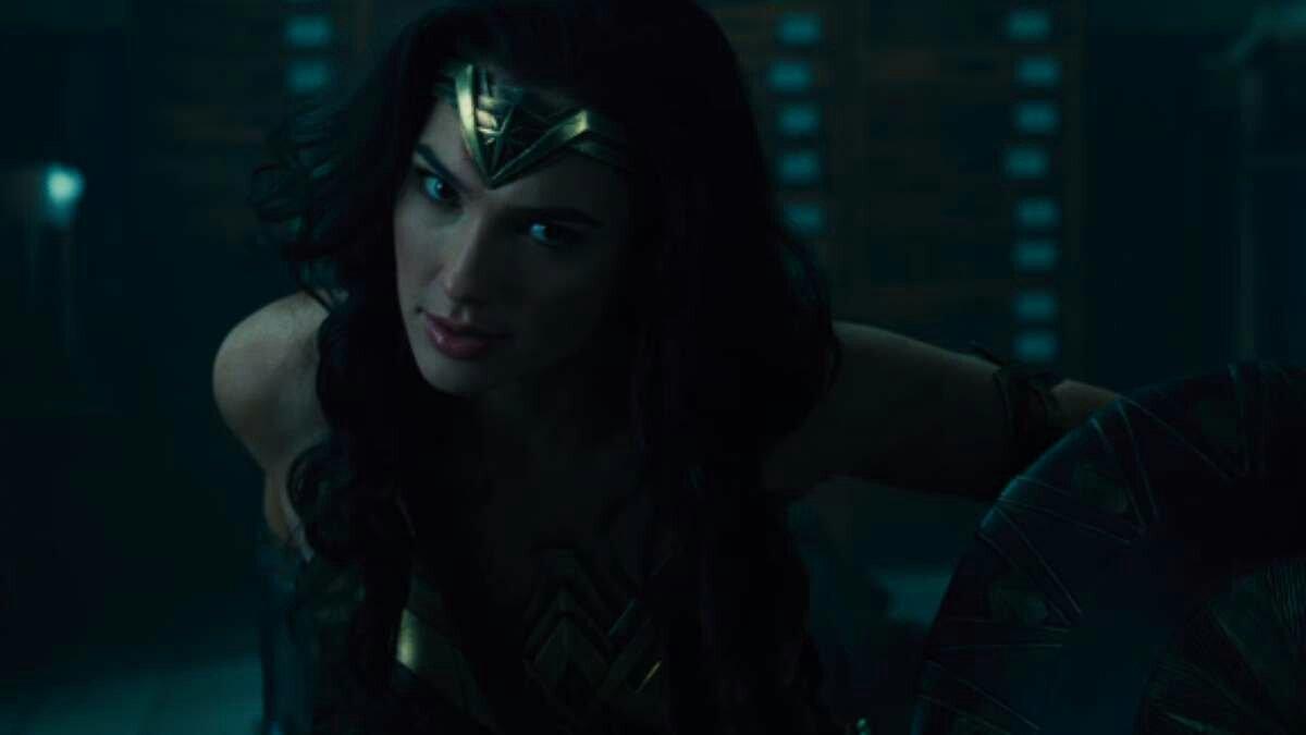 Wonder Woman – The New Savior Of The Dceu 4