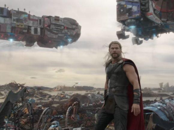 Thor: Ragnarok Debuts First Trailer