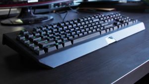 Razer Blackwidow Chroma V2 (Hardware) Review - The Complete Package