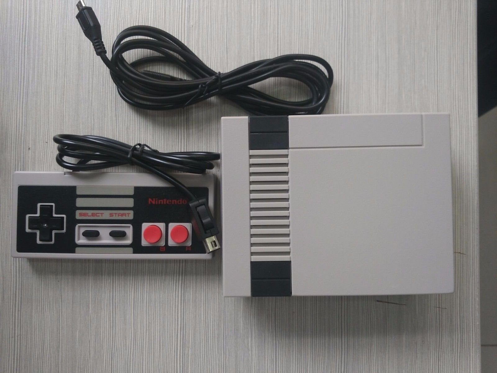 Alleged Nintendo Nes Classic Knock-Off Spotted In The Wild 1