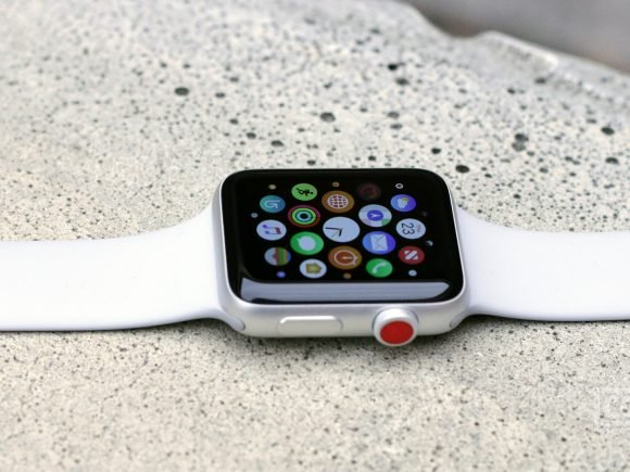 Apple Watch Series 3 Review: The Best Got Better 7