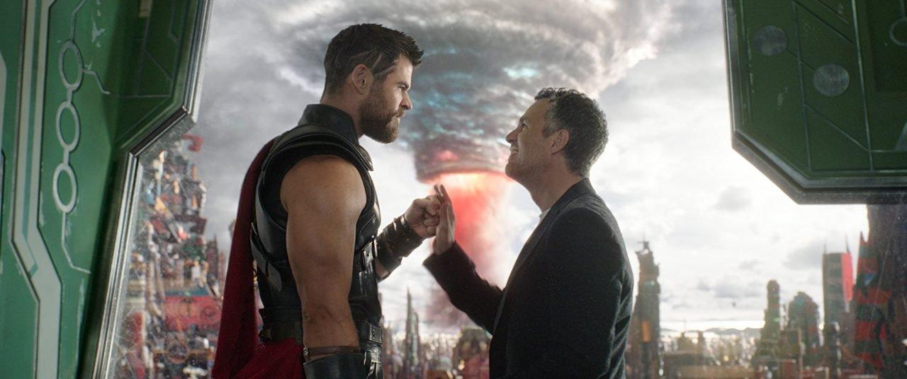Thor Ragnarok Review - Thor Gets Good 4