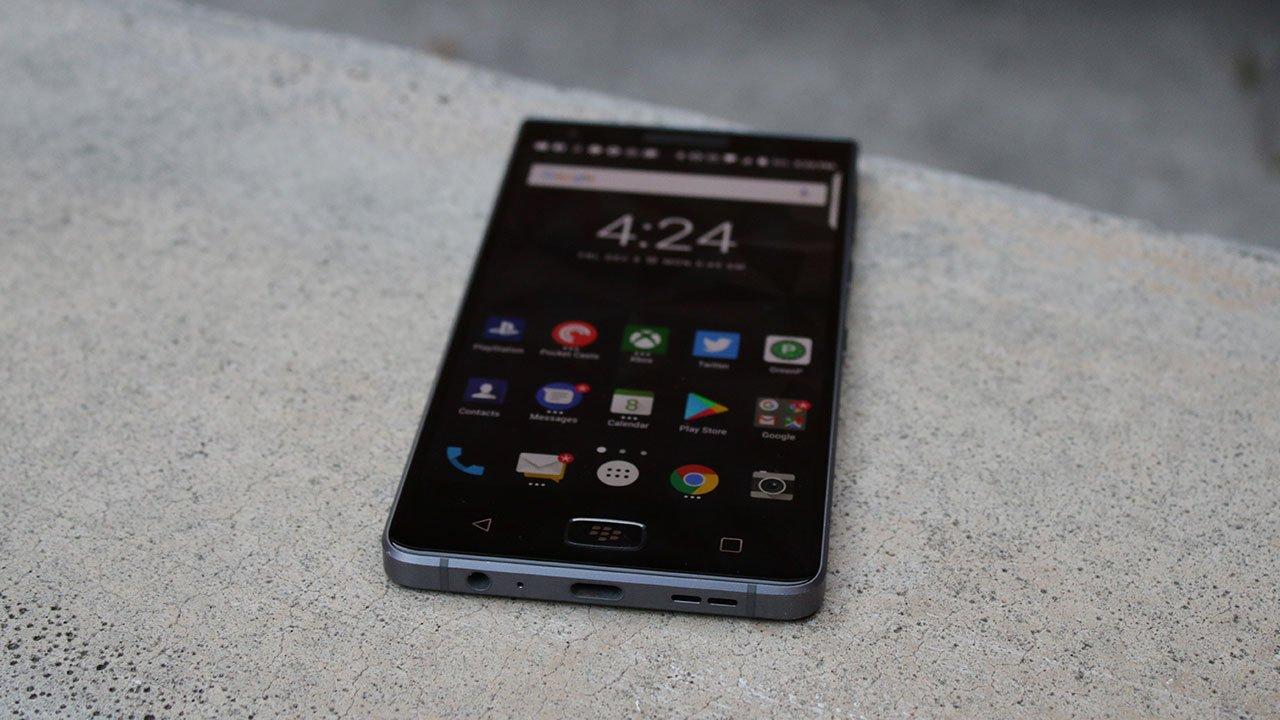 BlackBerry Motion Review: King of the Midrange 3