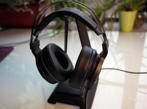 Top 5 Audio Headsets to Give Your Friends (or Your Greedy Self) This Holiday 5