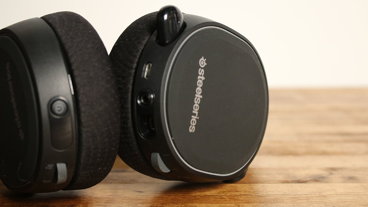 Top 5 Audio Headsets to Give Your Friends (or Your Greedy Self) This Holiday