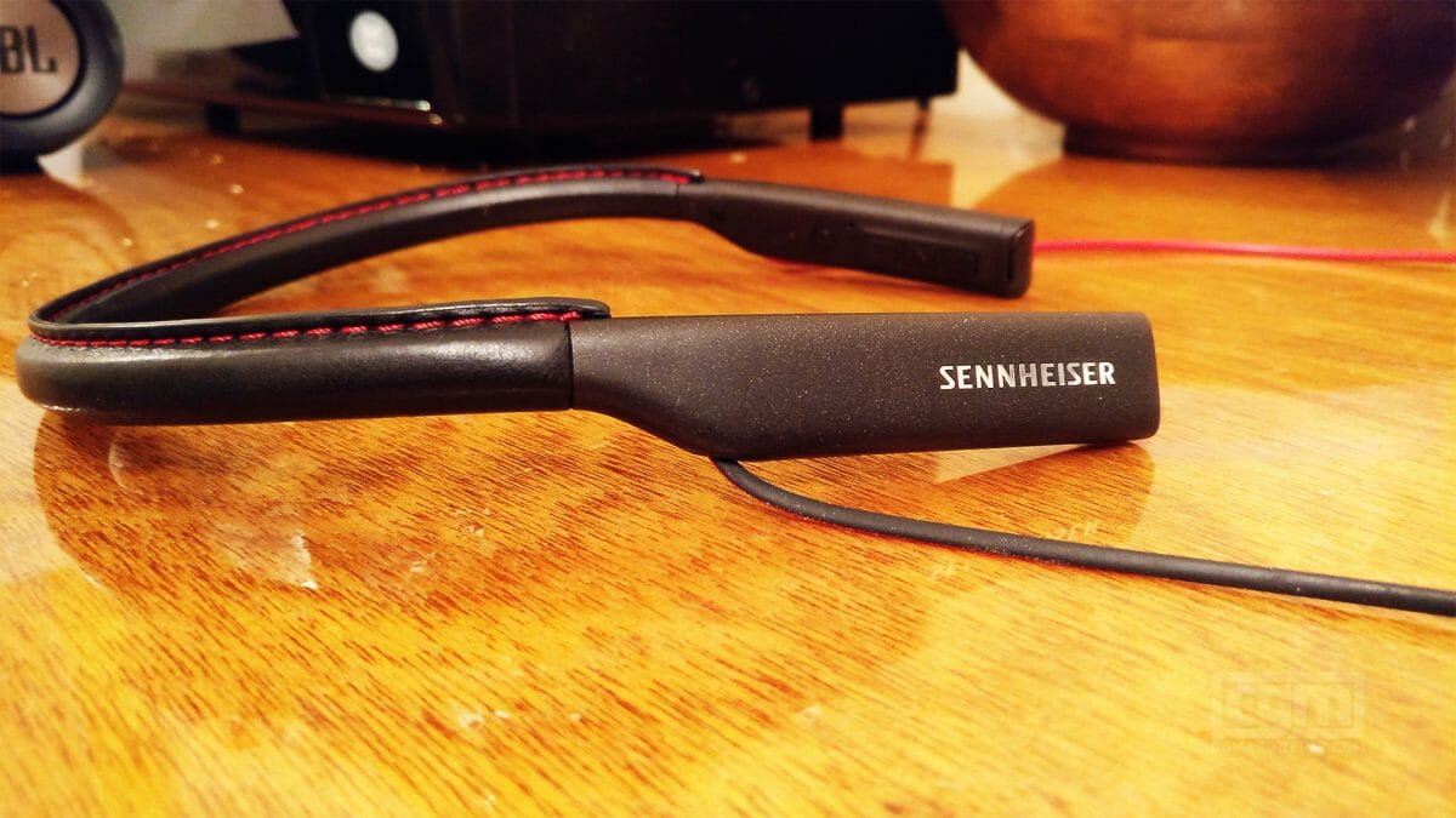 Sennheiser Hd1 In-Ear Bluetooth Headphones Review: Sennheiser Does It Again