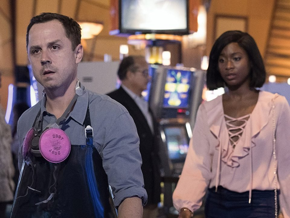 Sneaky Pete (Season 2) Review 2
