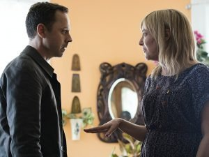 Sneaky Pete (Season 2) Review 4
