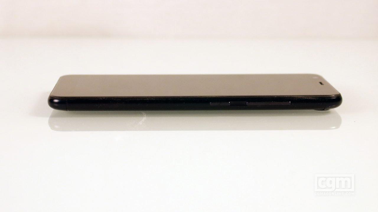 Asus ZenFone Max Plus (Smartphone) Review 4