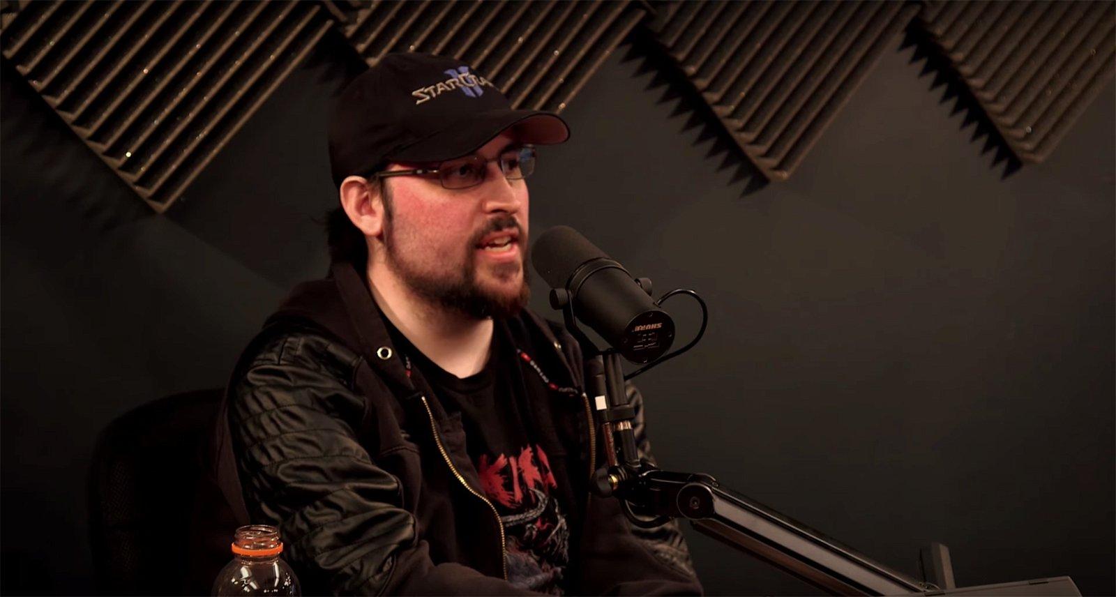 "Youtuber John ""TotalBiscuit"" Bain Dies at Age 33"