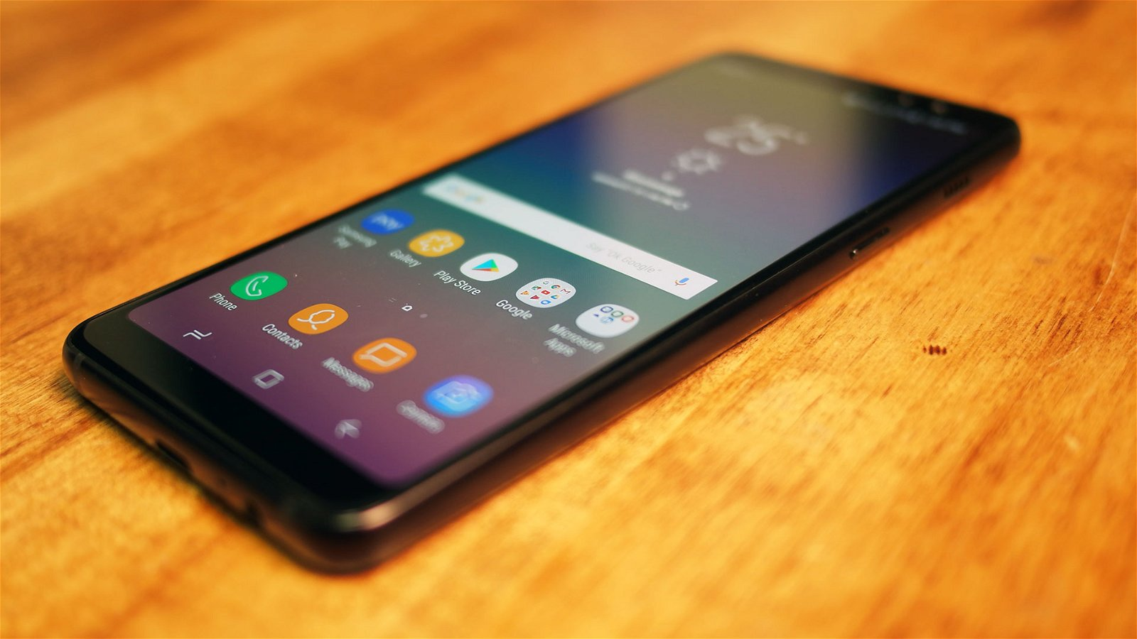 Samsung Galaxy A8 (2018) Review 2