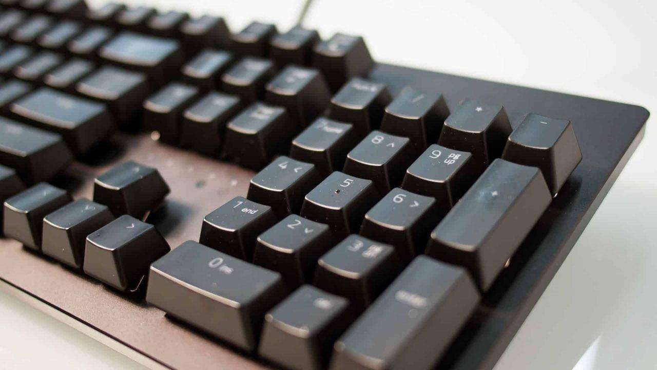Razer Huntsman (Hardware) Review 1