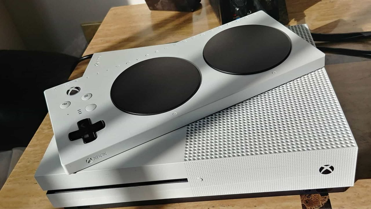 Xbox One Adaptive Controller Review 2